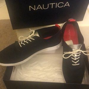 Nautica navy knit shoe